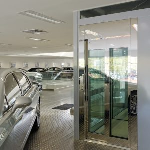 TBO Aufzug-DomusLift-Bentley (1)